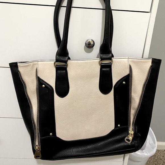 Cream/black tote purse